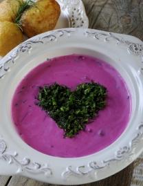 Cold red beet soup (Šaltibarščiai)